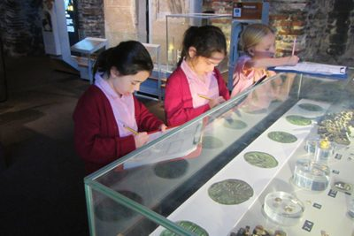 Ipswich High School Year 3 pupils visit Colchester Castle